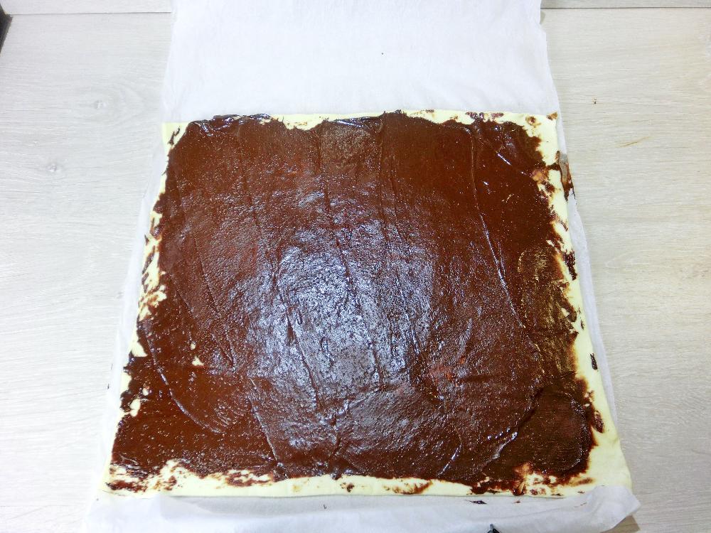 Palmeritas de hojaldre rellenas de chocolate - Paso 2