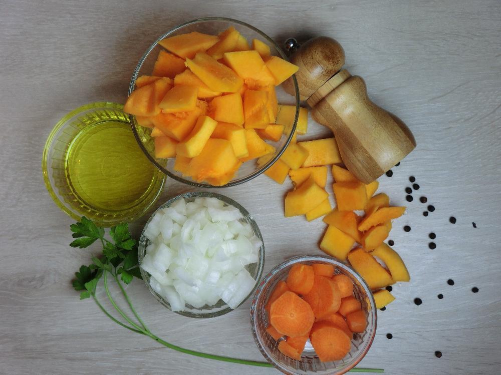 Crema de calabaza con virutas crujientes de jamón - Paso 1
