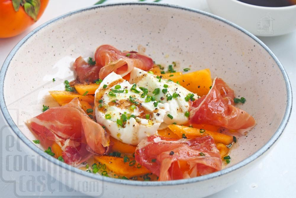 Ensalada de caqui persimon, mozzarella y jamón serrano - Paso 5