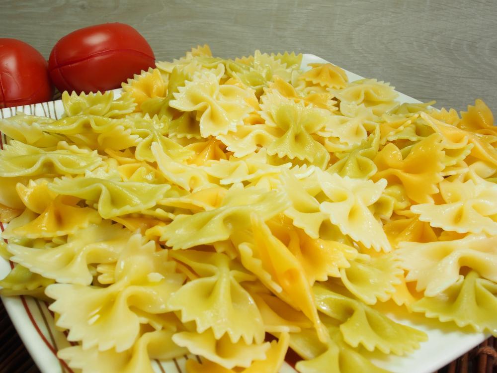 Ensalada de pasta con pipirrana y ventresca - Paso 1
