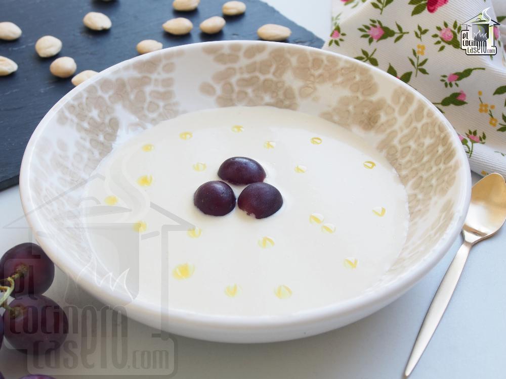 gazpacho blanco andaluz