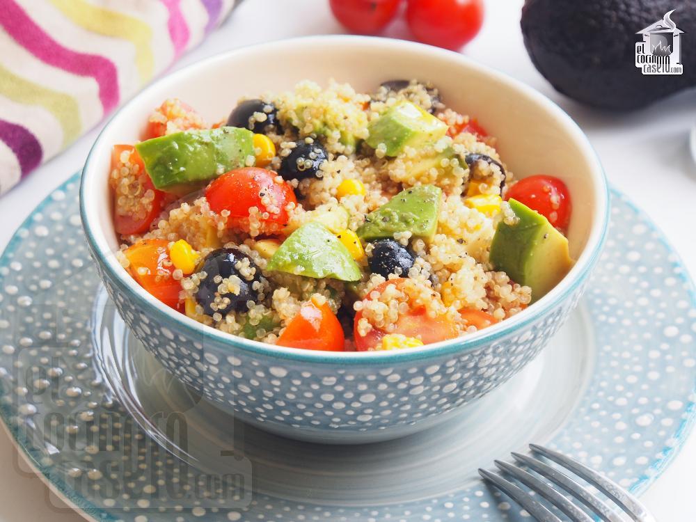 Ensalada De Quinoa Con Aguacate Y Cherrys
