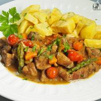 Carne guisada al Pedro Ximénez