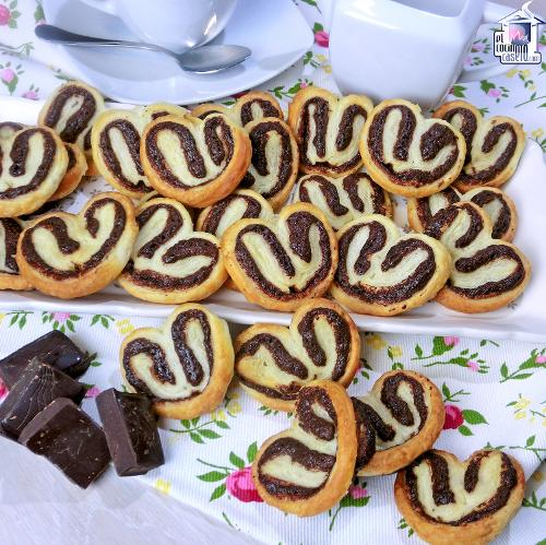 Palmeritas de hojaldre rellenas de chocolate