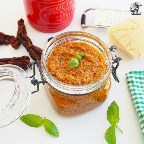 Pesto rosso siciliano