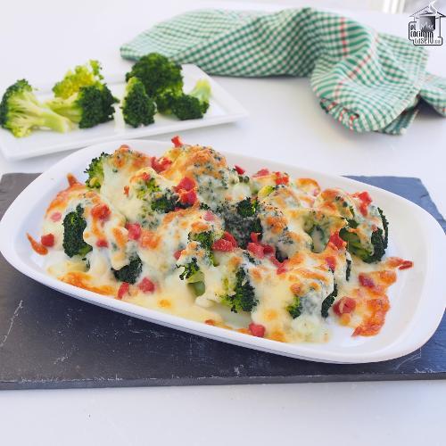 Brócoli al horno con queso